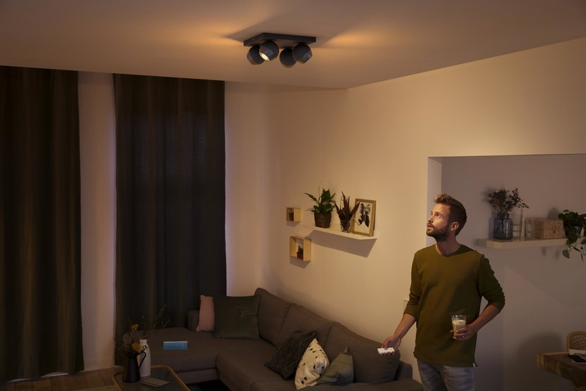 Philips Hue Buckram Quartet spotlamp