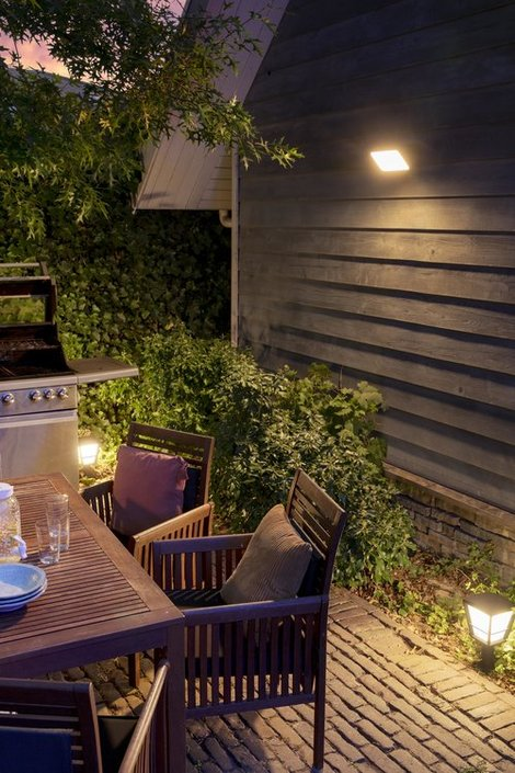 Philips Hue Outdoor Discover floodlight