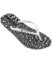 Ipanema Animal Print flip flops