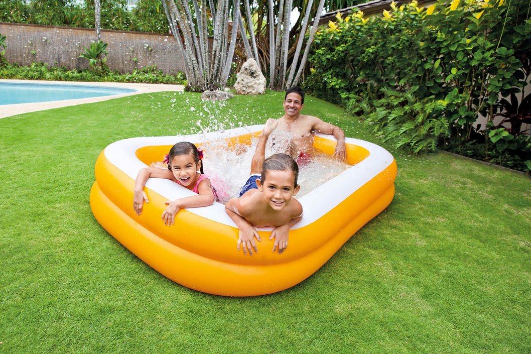 Intex opblaasbaar zwembad 'Family Pool Mandarin'