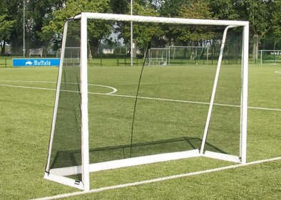 Buffalo World Cup XL football goal