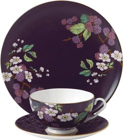 Wedgwood Tea Garden Blackberry 3-piece tea set