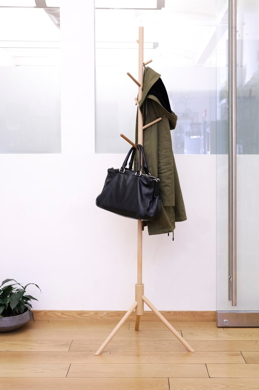 Kikkerland Stick coat rack