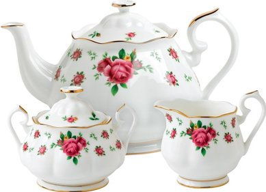 Royal Albert New Country Roses 3-piece tea set