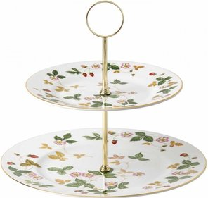 Wedgwood Wild Strawberry etagère