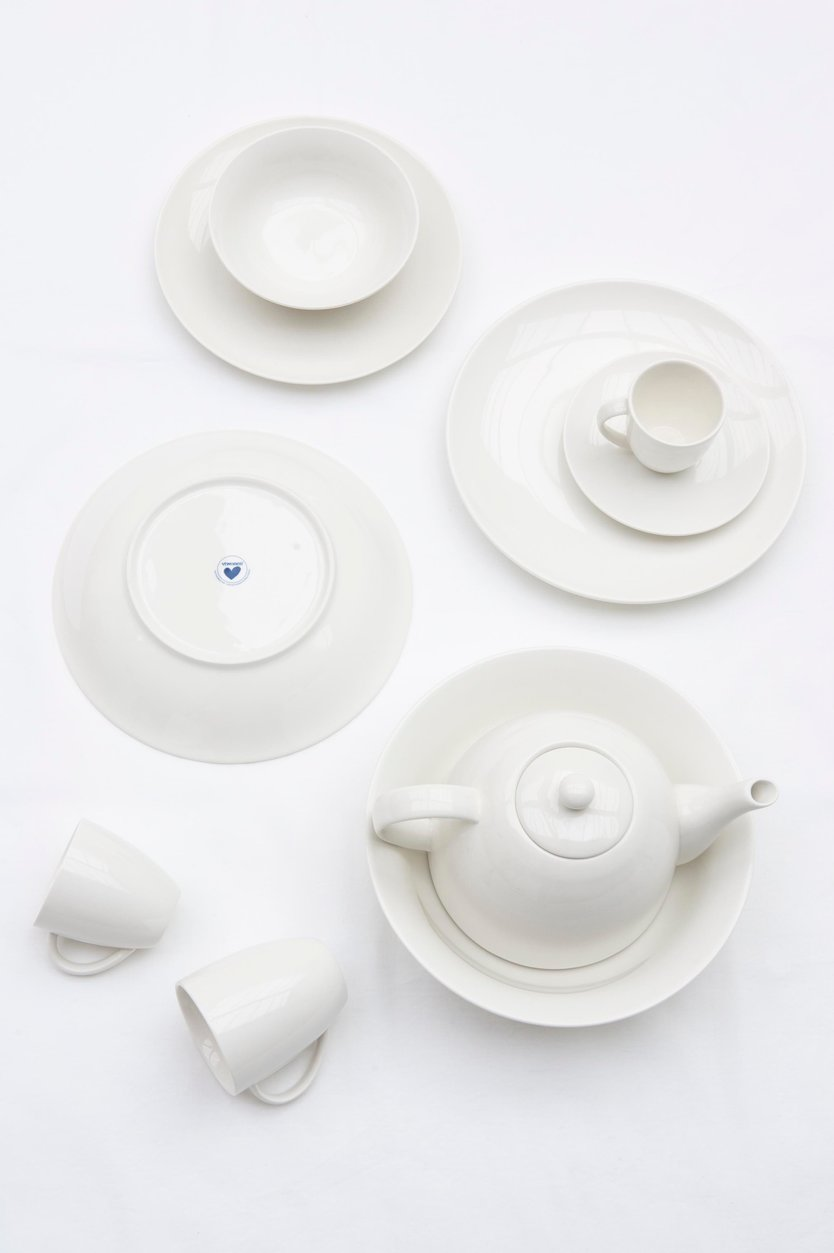 Vtwonen coffee cup and saucer