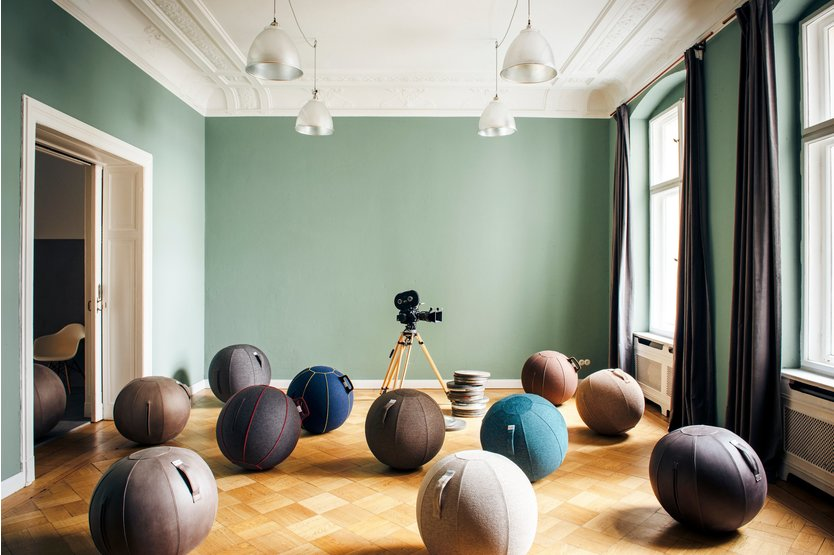 Vluv Velt sitting / exercise ball