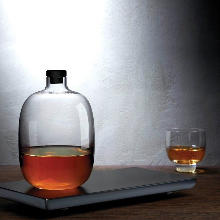 Nude Glass Malt whiskey decanter