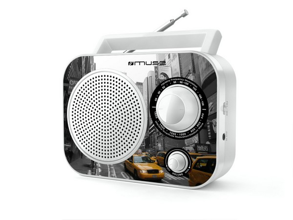 Muse M-060NY radio white with city-scape