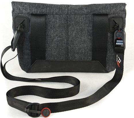 Peak Design Field Pouch cameratas
