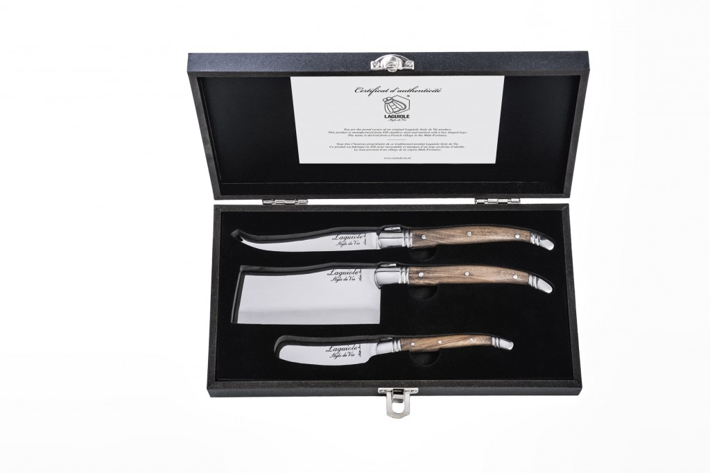 Laguiole Style de Vie Luxury Line cheese knives olive wood